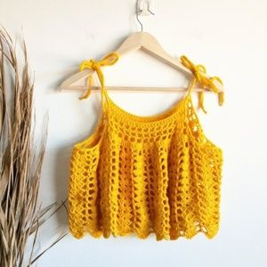 Vintage 70s Yellow Gold Crochet Woodstock Tank